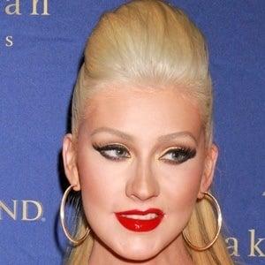 Christina Aguilera 7 of 10