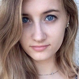 Christina Crockett 3 of 8