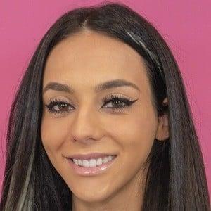 Christina Kalamvokis 7 of 7