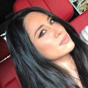 Christina Oliva 8 of 10