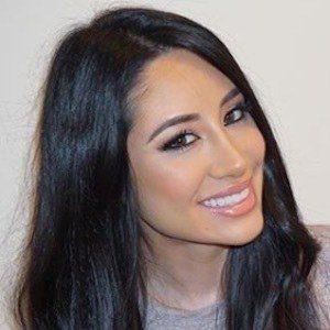Christina Oliva 9 of 10