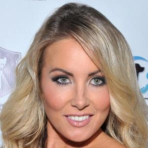 Christina Riordan 5 of 5