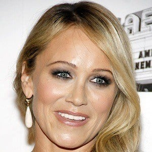 Christine Taylor 4 of 4