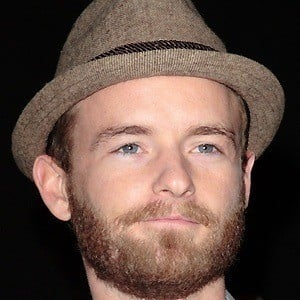 Christopher Masterson 4 of 5