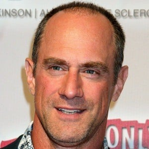 Christopher Meloni 8 of 10