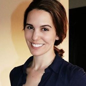 Christy Carlson Romano 9 of 10