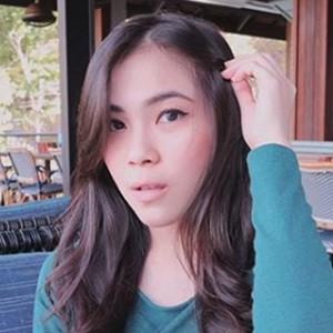 Christy Saura Noela Unu 6 of 6