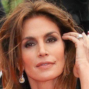 Cindy Crawford 4 of 10