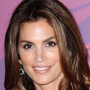 Cindy Crawford 5 of 10