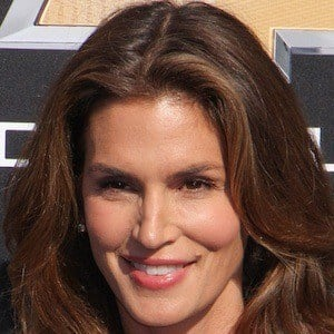 Cindy Crawford 6 of 10