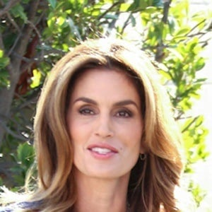 Cindy Crawford 7 of 10