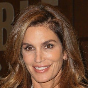 Cindy Crawford 8 of 10
