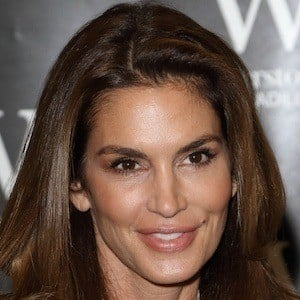 Cindy Crawford 9 of 10