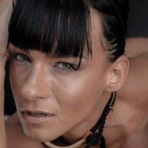 Cindy Landolt 3 of 10