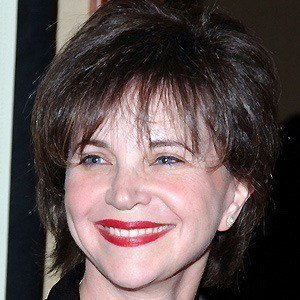 Cindy Williams 5 of 6