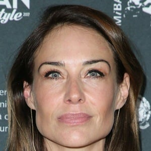 Claire Forlani 7 of 10