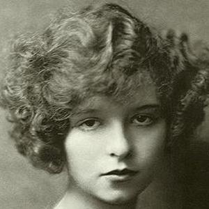Clara Bow 4 of 10