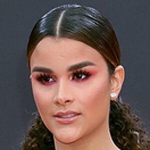 Clarissa Molina 3 of 4