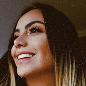 Claudia Dassana 2 of 6