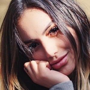 Claudia Dassana 3 of 6