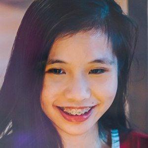 Claudia Goh 3 of 5