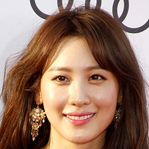 Claudia Kim Headshot 5 of 5