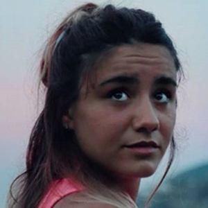 Claudia Laubalo 5 of 5
