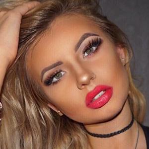 Claudia Naya 5 of 6
