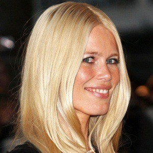 Claudia Schiffer 6 of 10