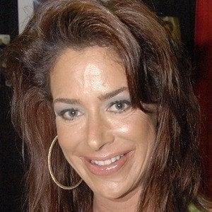 Claudia Wells 4 of 5