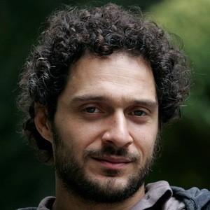 Claudio Santamaria 3 of 6