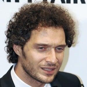 Claudio Santamaria 4 of 6