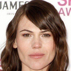Clea Duvall 4 of 10