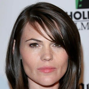 Clea Duvall 7 of 10