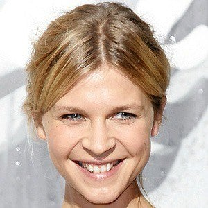Clemence Poesy 4 of 8