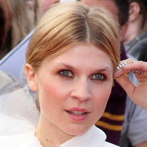 Clemence Poesy 6 of 8