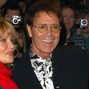 Sir Cliff Richard 4 of 10