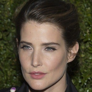 Cobie Smulders 4 of 10