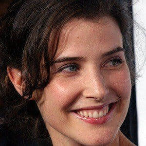 Cobie Smulders 8 of 10