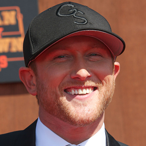Cole Swindell 6 of 8