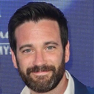 Colin Donnell 8 of 9