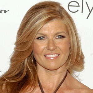Connie Britton 7 of 10