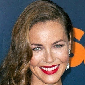Connie Nielsen 5 of 6