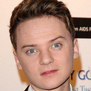 Conor Maynard 4 of 9