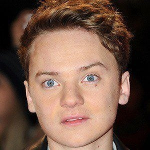 Conor Maynard 5 of 9