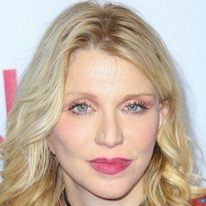Courtney Love 6 of 10