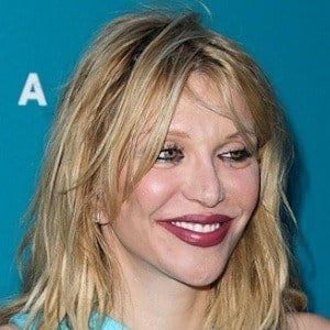 Courtney Love 9 of 10