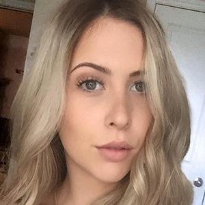 Courtney Lundquist 2 of 6