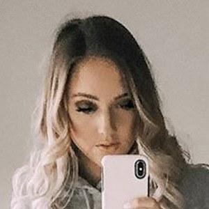 Courtney Raine 7 of 8