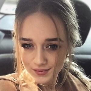 Cristina Elif Boboc 5 of 6